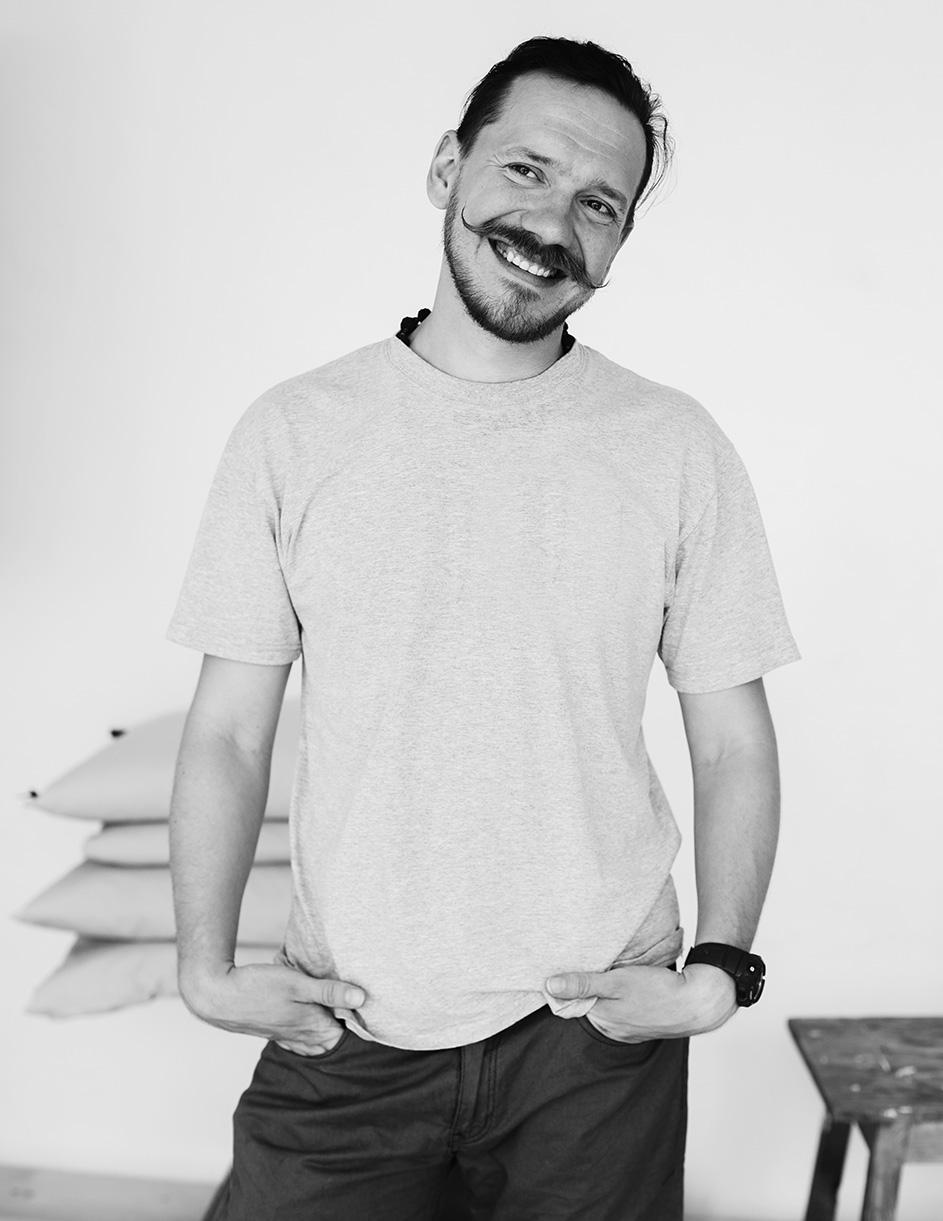 Backstage: Антон Некрасов. 36 лет. Артист.